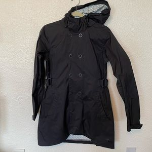 REI women's raincoat size small